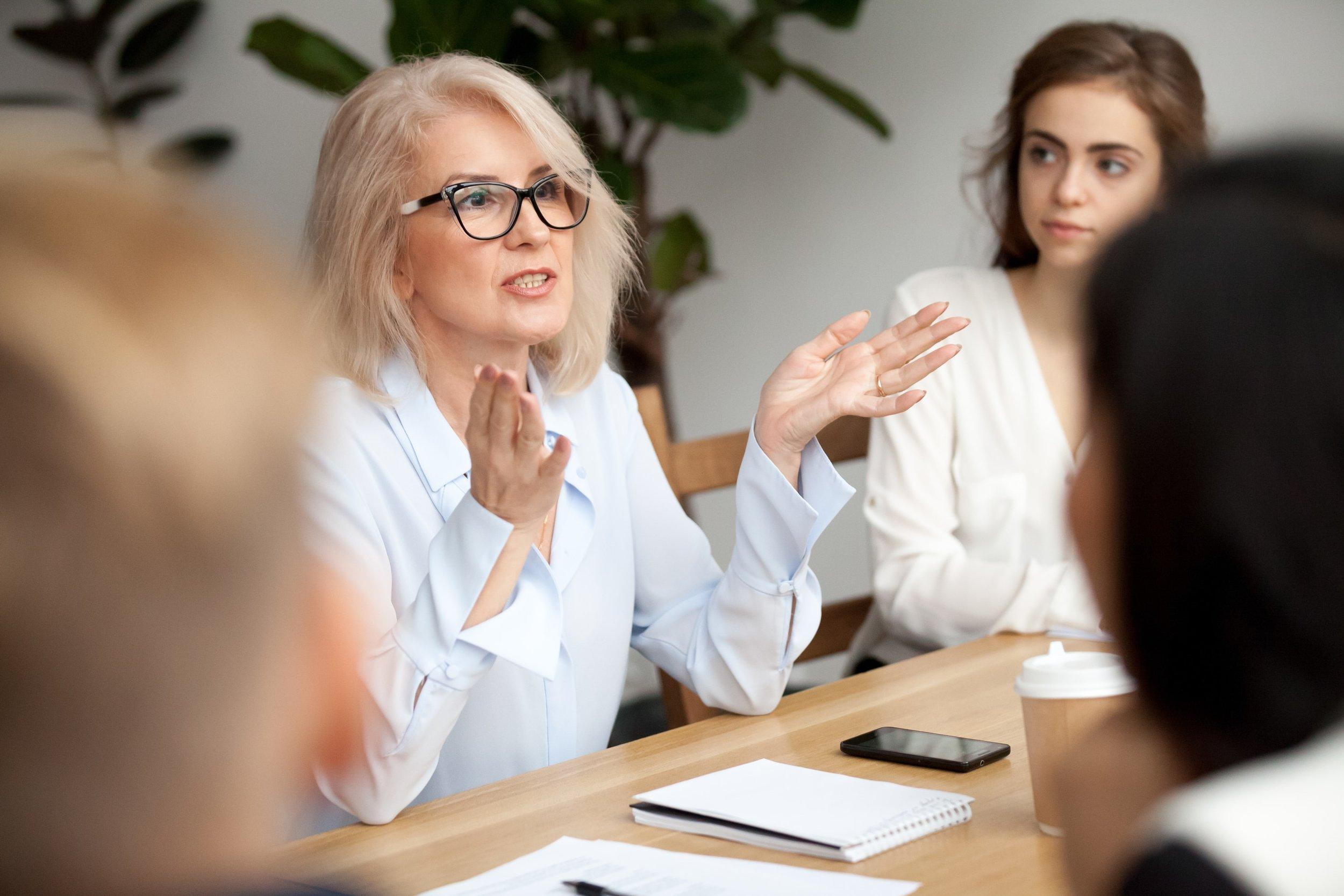 Hintergrundbild - Unterstützung in Ihrer Karriere als Führungskraft